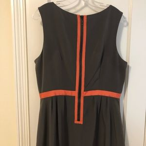 Jessica Simpson gray and coral dress with pleats